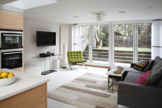 Islington, London, UK contemporary-family-room