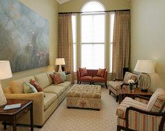 Jennifer Brouwer Design Inc traditional-living-room