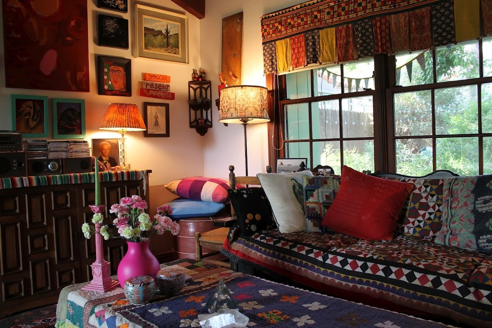 Eclectic living room photo in Los Angeles