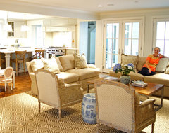 Kara Weik © 2012 Houzz traditional-living-room