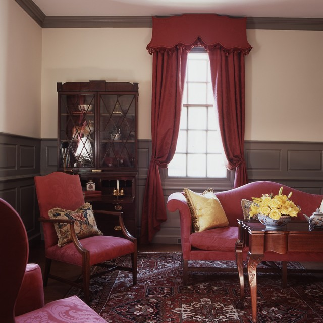 Kathryn arnold design traditional living room for Williamsburg home decor