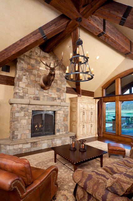 Keystone ranch home brasada ranch style homes rustic for Ranch style living room