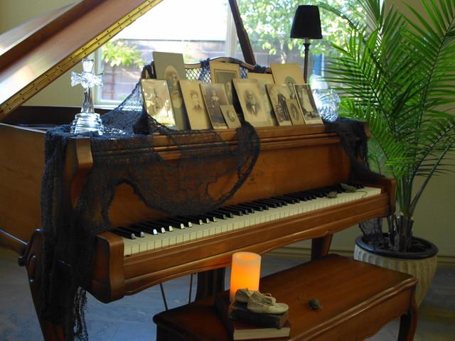 kgrahi traditional-living-room