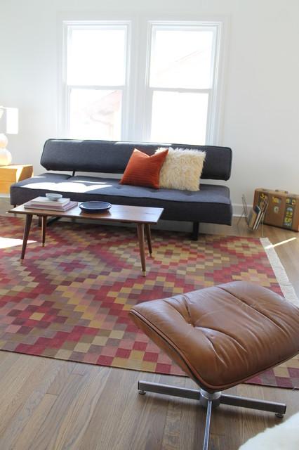 Kilim rug and mid century modern vintage coffee table - Mid century modern rug ideas ...