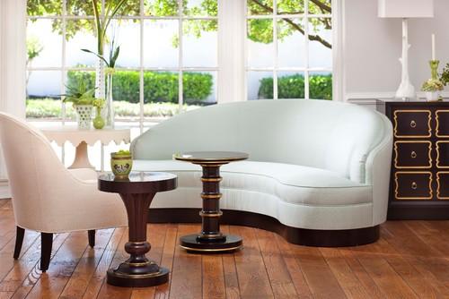 Kindel Dorotheum Sofa