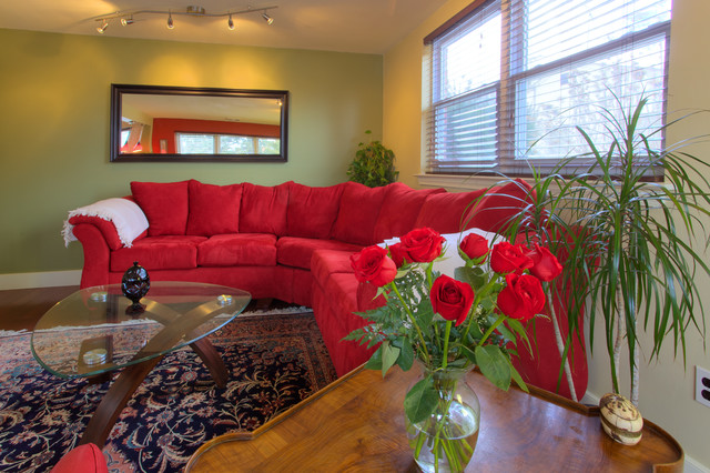 King Of Prussia Bungalow Traditional Living Room