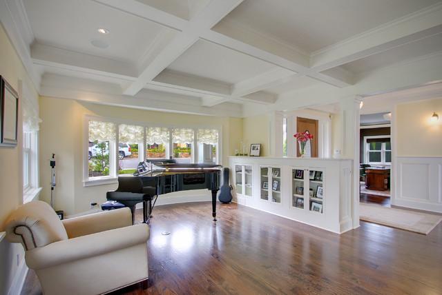 Kirkland Tanditional traditional-living-room