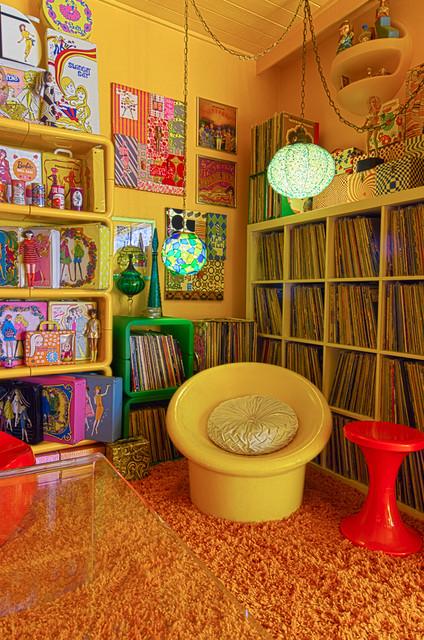 LA 70s eclectic-living-room
