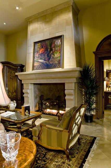 La Quinta Hideaway mediterranean-living-room