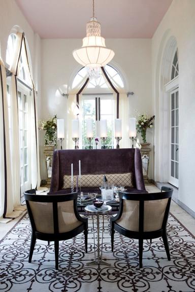 Living Room Showcase Design: La Selva Showcase