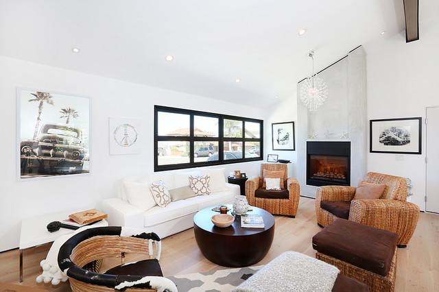 Laguna beach california ranch style makeover living room for Ranch style living room