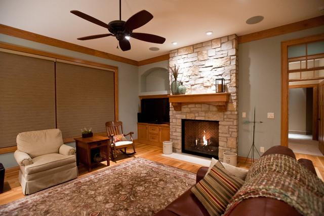 Lake traditional-living-room