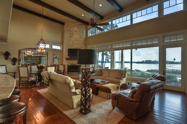 Lake Conroe traditional-living-room
