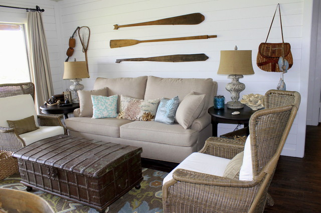 Lake House Decorating On A Budget: Lake House