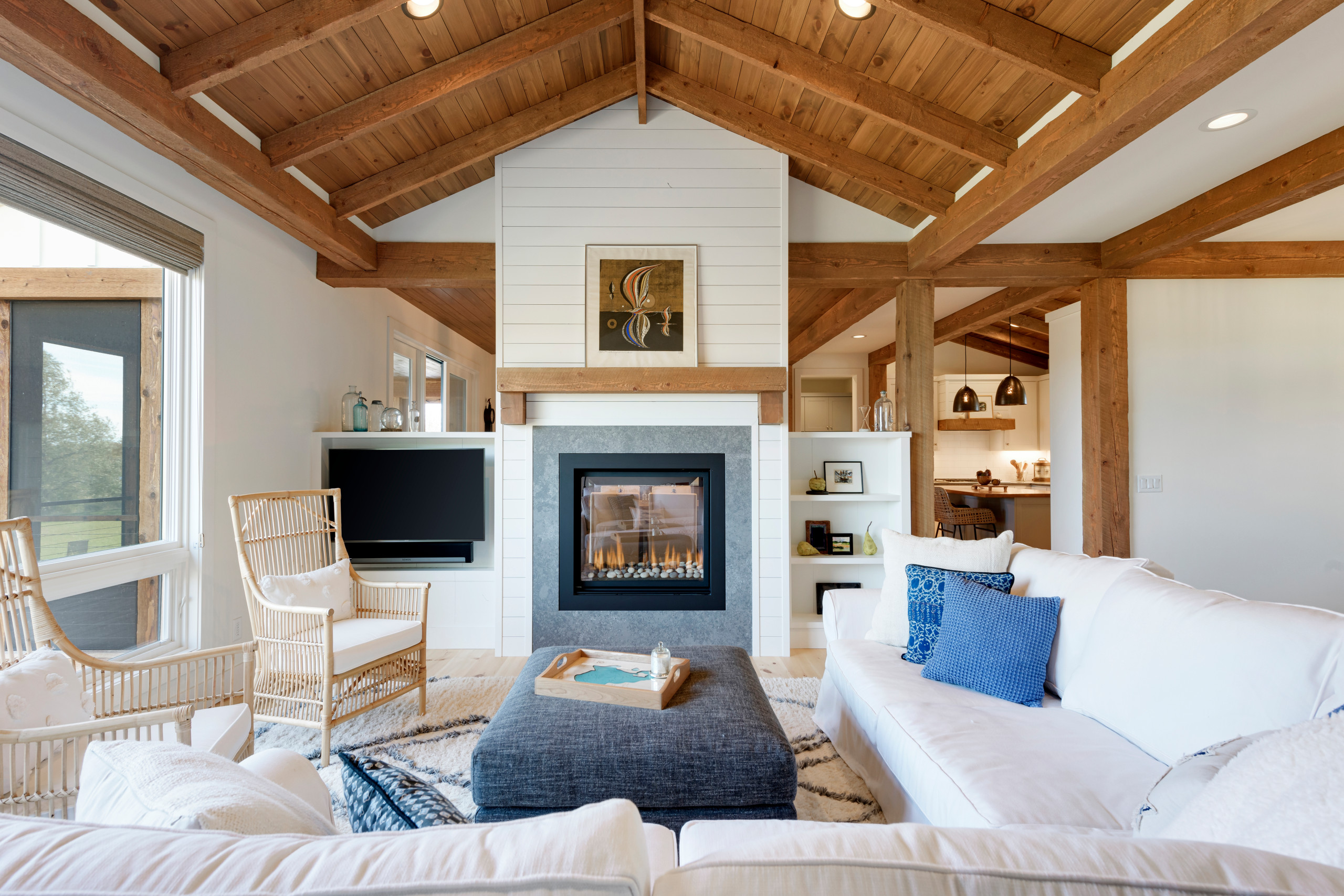 Picture of: 75 Beautiful Living Room With A Corner Tv Pictures Ideas December 2020 Houzz