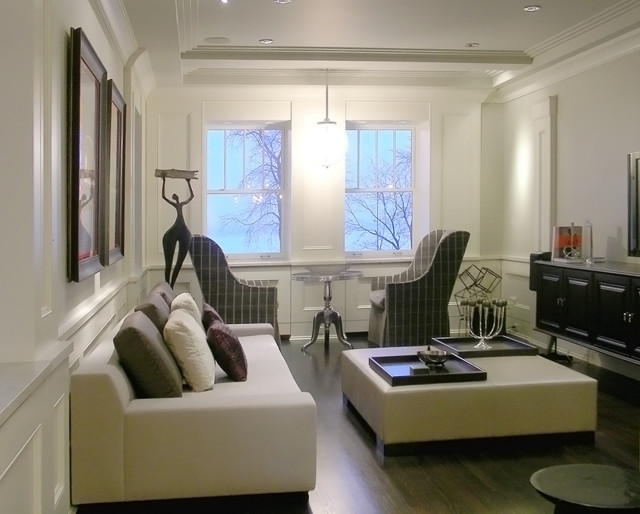 Lake Shore Drive Residence traditional-living-room