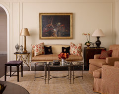 Lakeshore Drive Co-Op traditional-living-room
