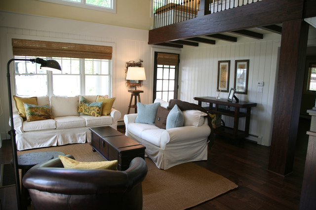 lakeside guest house traditional-living-room