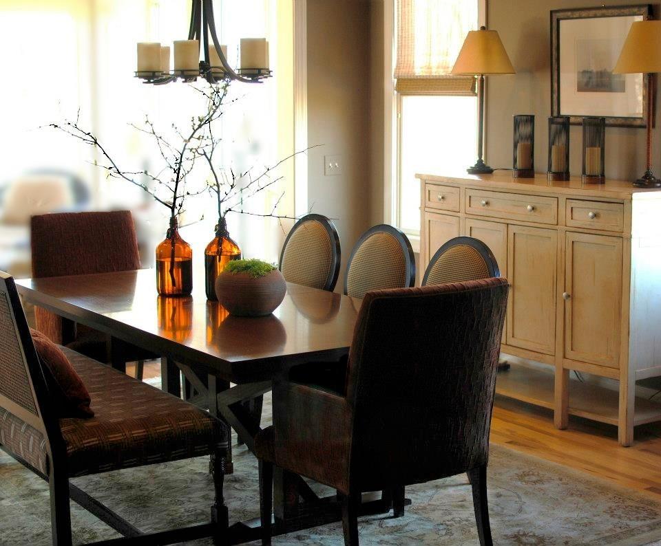 Elegant living room photo in Atlanta