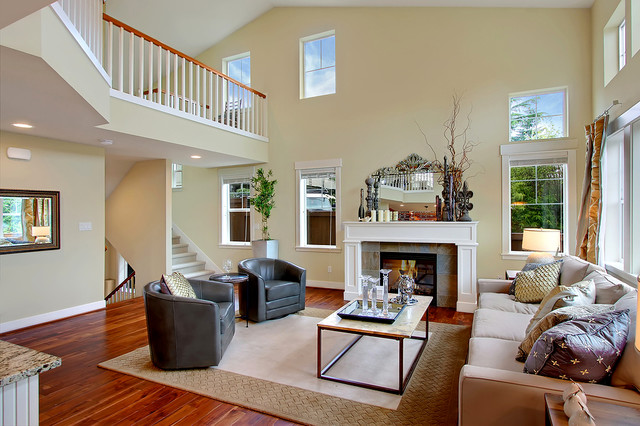 Lakeview lane model home toll brothers traditional for Model home living room