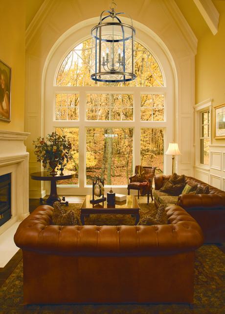 Foyer Lighting Traditional : Larchmont foyer lantern from hudson valley lighting