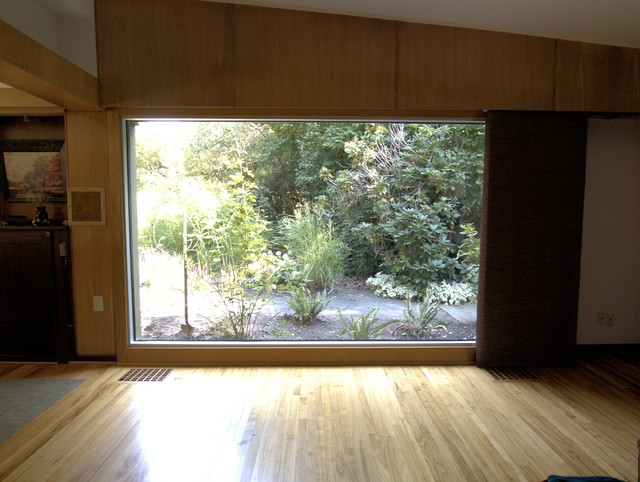 Large midcentury living room by john prindle - Living room window treatments for large windows ...