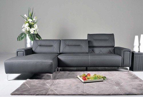 Leather Sectional Sofa with Adjustable Back Cushions in Black Leather