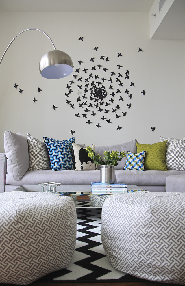 Trendy living room photo in Nashville with white walls