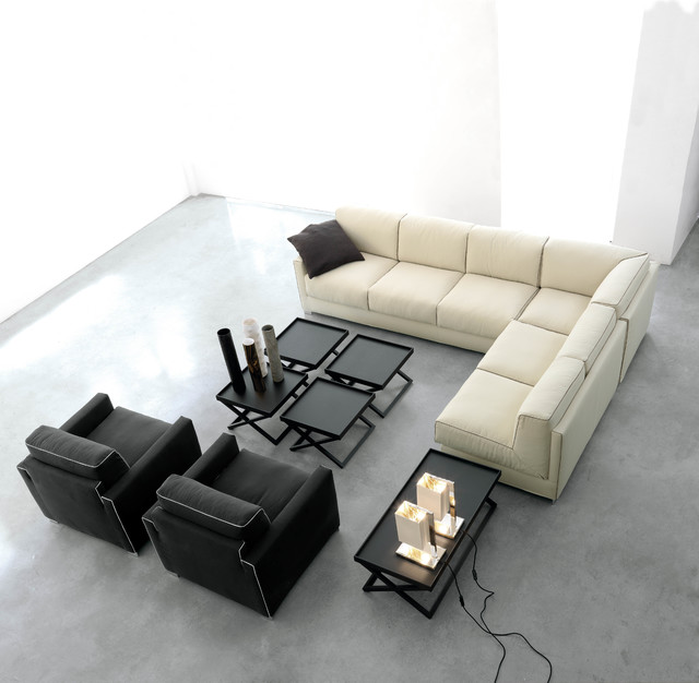 little sectional and armchairs