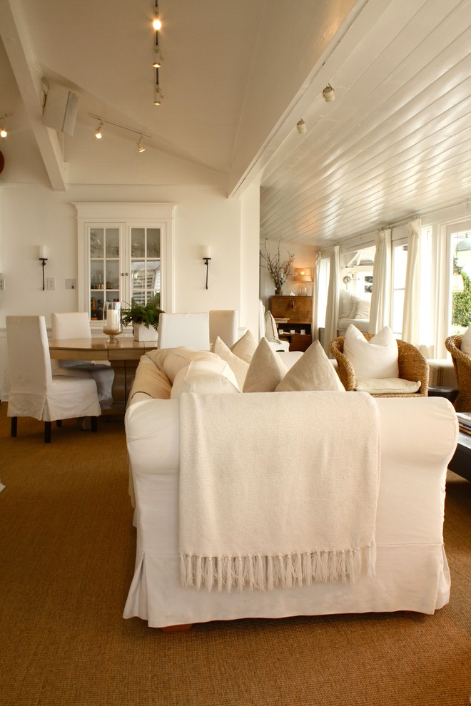 Living room - traditional living room idea in Santa Barbara