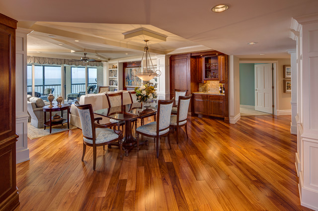 Bay colony dining room built ins - Dining room built ins ...