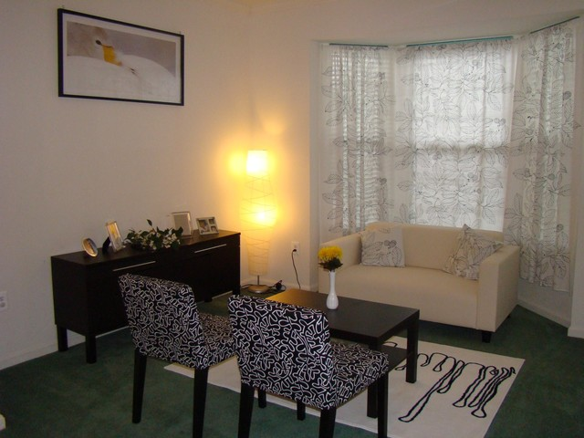 Living room black white yellow - Black and yellow living room ...