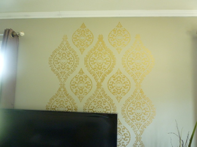 Living room damask stencils gold paint - Wall painting stencils for living room ...