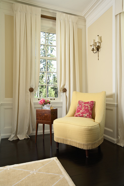 Pale Yellow Can Be Elegant And Sophisticated As Well
