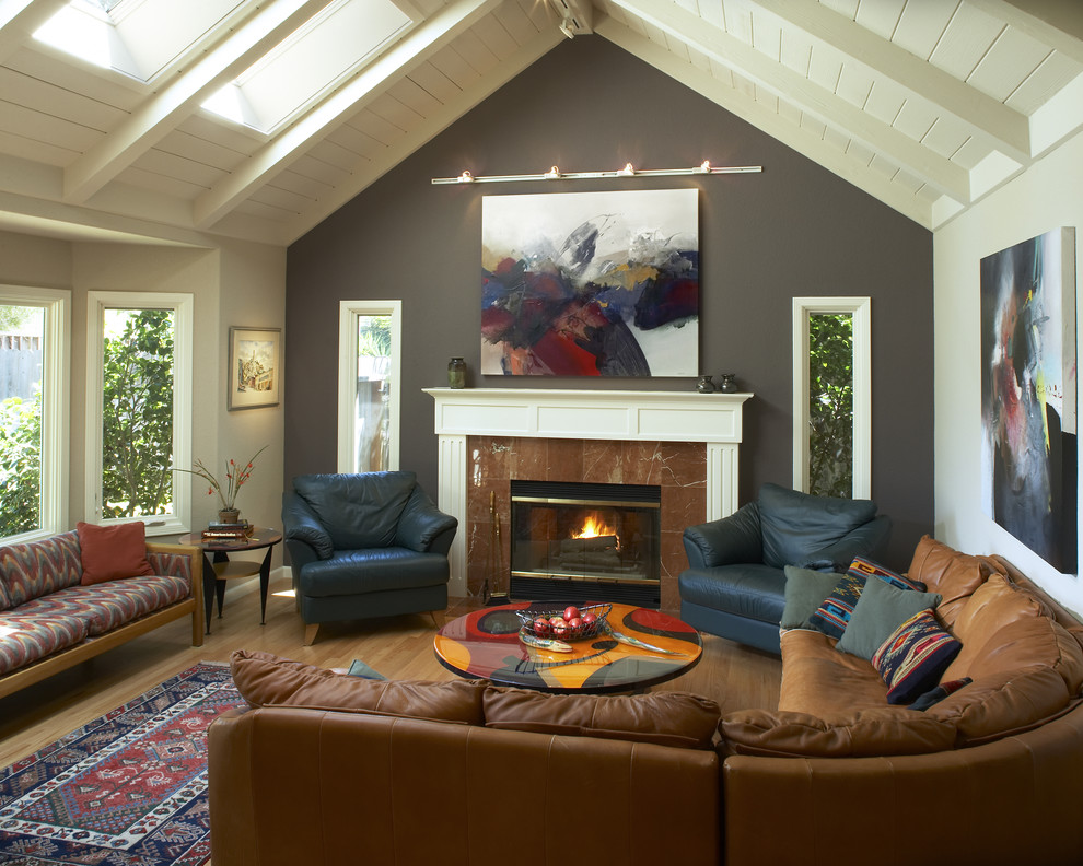 Trendy living room photo in San Francisco with gray walls