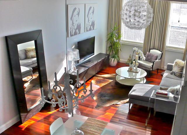 Living room moderno soggiorno new york for Piccola fattoria moderna