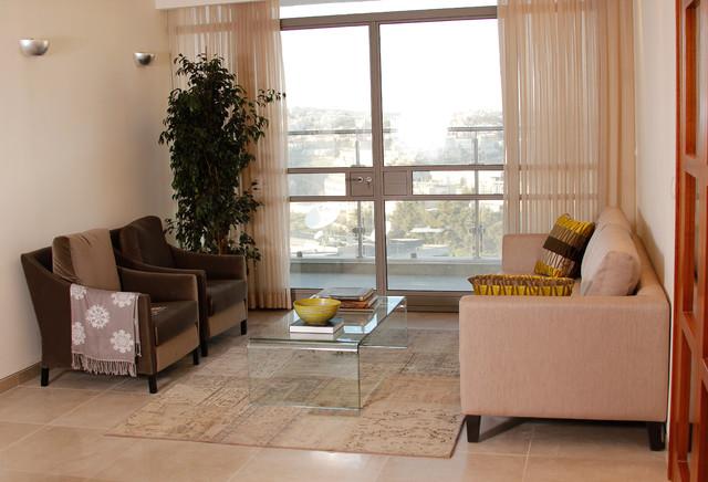 Jerusalem apartment contemporary-living-room