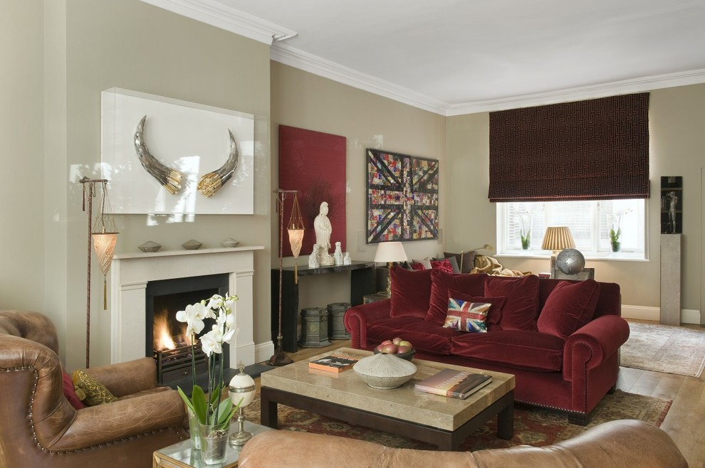 Inspiration for a modern living room remodel in London