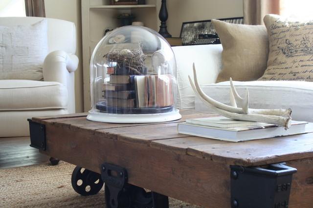 Jennifer Grey industrial-living-room