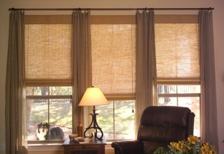 Living room natural shades contemporary living room for Living room window treatments