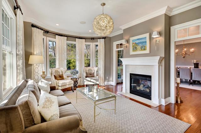 living room classique chic salon new york par tricia fitzsimmons interiors. Black Bedroom Furniture Sets. Home Design Ideas