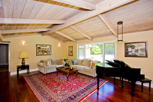 Living room with grand piano for Grand living room