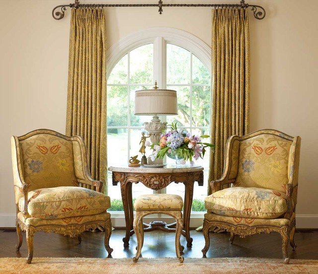 Victorian Sitting Rooms: Living Spaces