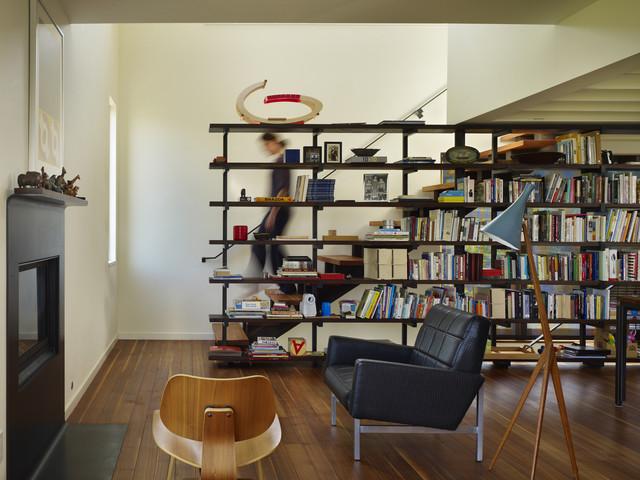 Lobster Boat Residence modern-living-room