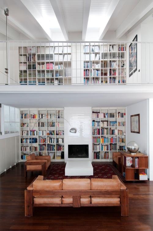 Interior relooking: una libreria a parete