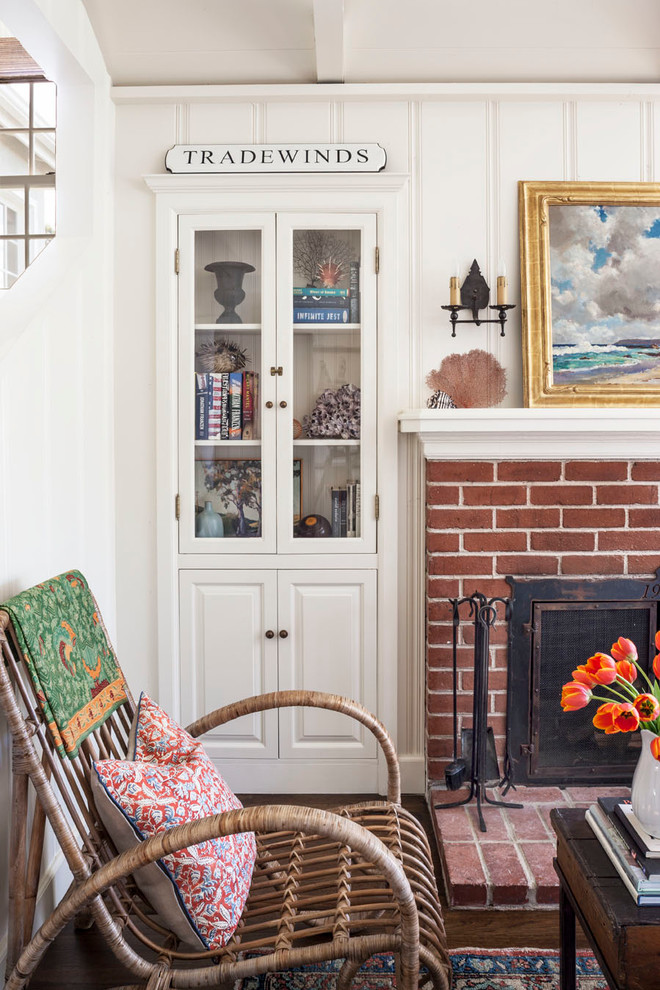 Inspiration for a coastal living room remodel in Orange County