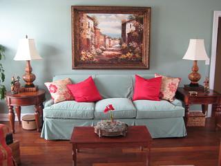 London Sofa by Posh Living LLC