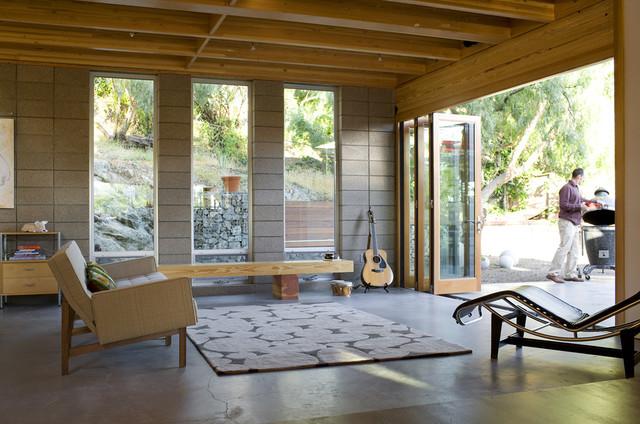 Lorna Teixeria Residence modern