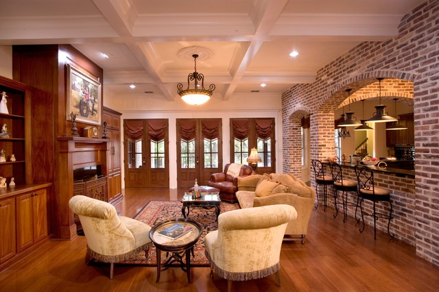 Louisiana Style In The Texas Hill Country Traditional
