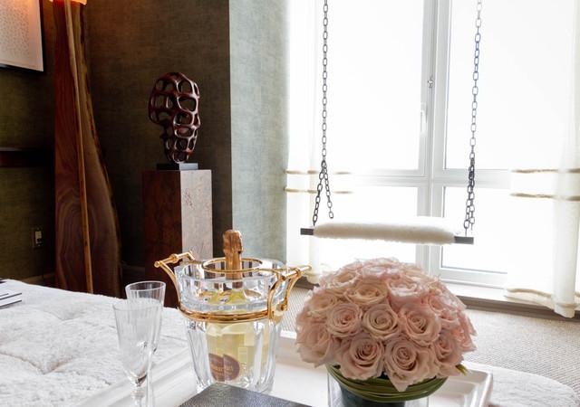 Lounge: Shawn Henderson Interior Design contemporary-living-room
